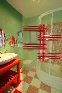 Дизайн–радиатор «Зета» красный